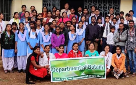 Botany students of Science college give mushroom training to Khamaria School Students