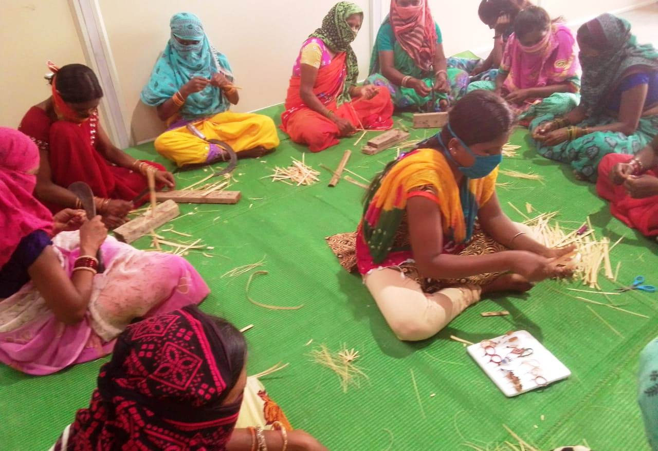 Bamboo Jewellery brings income to women