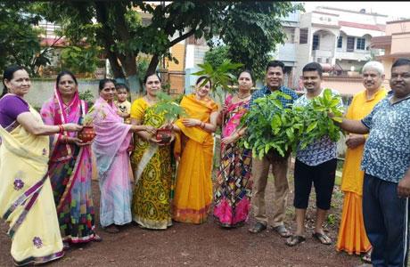 Gayatri Parivar performs yajna and plants trees
