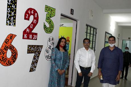 Mayor MLA Devendra Yadav Visits MJ School