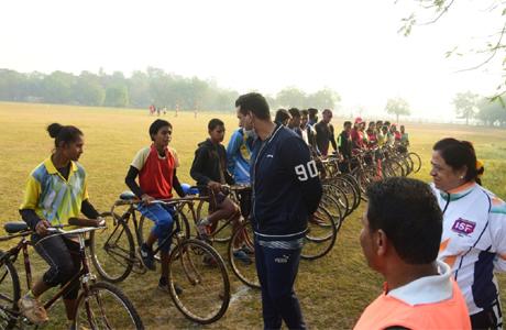 cycle polo Mayor Devendra Yadav
