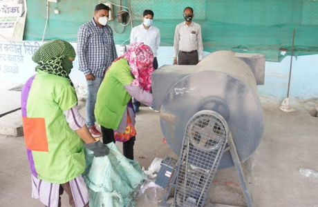 Phatka Machine speeds up waste processing at SLRM Centre