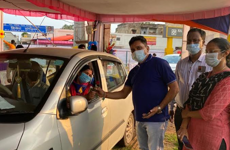 Drive in vaccination for senior citizens in Bhilai