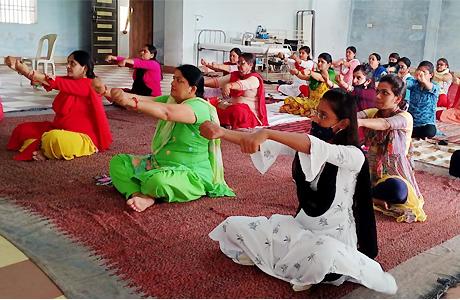 Yoga workhop begins in MJ College
