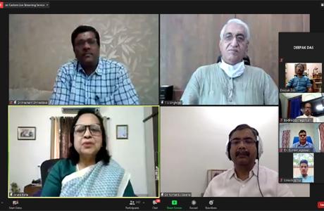 """हेमचंद विवि के """"मीट द डॉक्टर"""" को स्वास्थ्य मंत्री सिंहदेव ने सराहा"""
