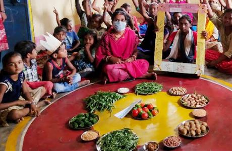 बच्चों को कुपोषण से बचाने मनाया वजन त्यौहार