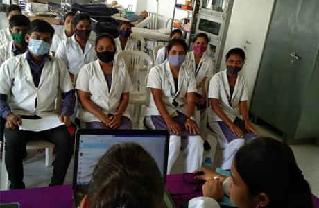 एमजे नर्सिंग कालेज की छह छात्राओं का चयन फोर्टिस में