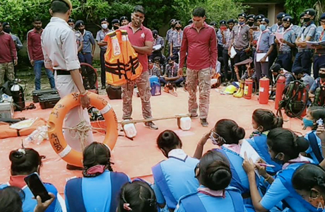 Disaster Management training of Scouts and Guides